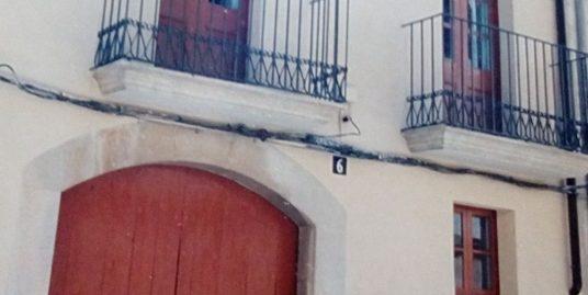 BONICA CASA REFORMADA AL PLA DE SANTA MARIA