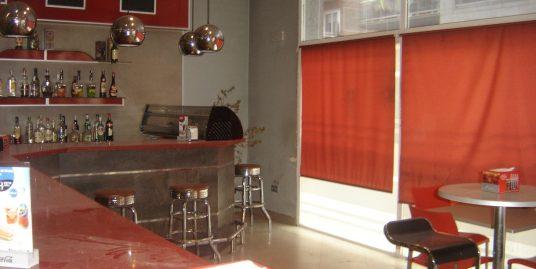 IMPRESSIONANT CAFETERIA SEMINOVA A VALLS (LLOGADA)